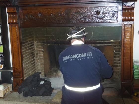 暖炉のえんとつ掃除Orvietoから