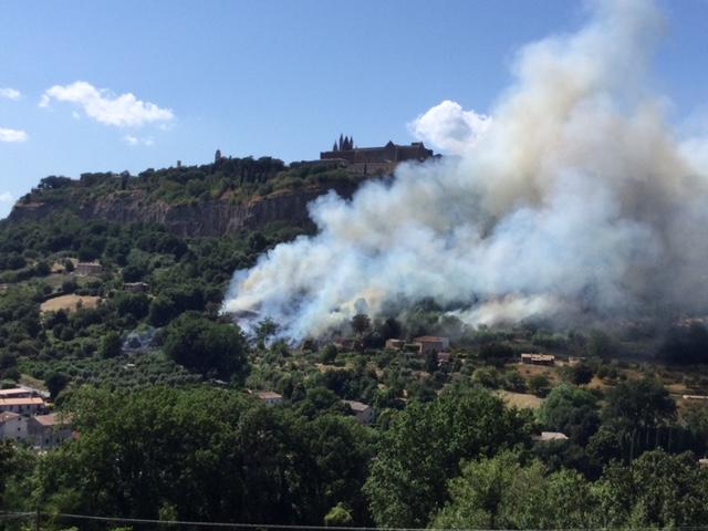 対岸の火事Orvietoから